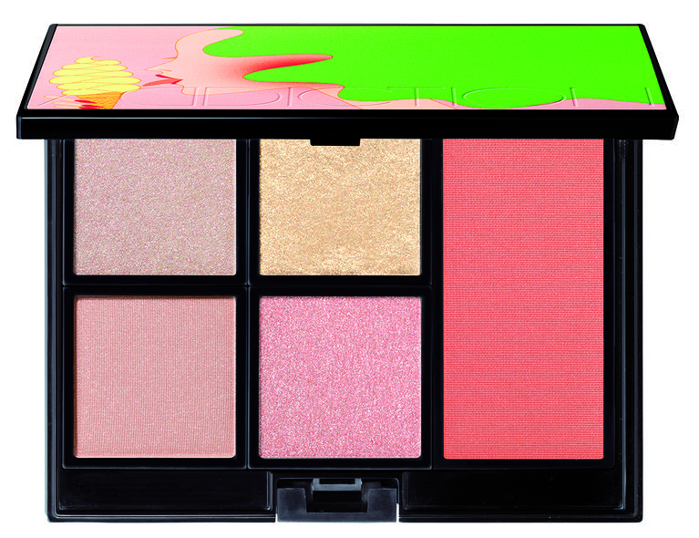 COMPACT ADDICTION (THE EYESHADOW x4 + THE BLUSH + COMPACT CASE) $755